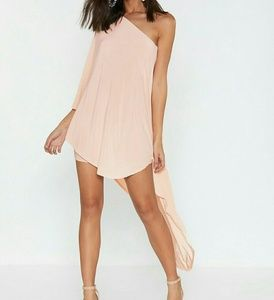 NWT Nasty Gal Superwoman Blush Pink One Shoulder 6